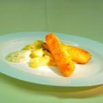 70er - einmal Fisch pro Woche - Fischstäbchen auf KArtoffel-Gurkengemüse mit Dill